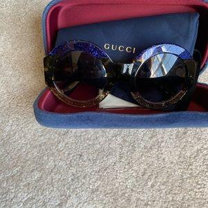 Gucci sunglasses in excellent condition